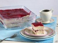 ribizlis-meggyes-tejfölös-kekszes szelet (2)